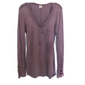 Free People light plum-shirt- crocheted arms